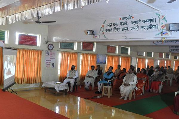 Maharishi Age of Enlightenment Day is celebrated on 12th January 2021 at Maharishi Vidya Mandir, Ratanpur Bhopal as Gyan Yug Divas, Principal, Shri B.S. Guleria addressed the students virtually and encouraged the students to participate in various competitions from time to time to sharpen their skills.